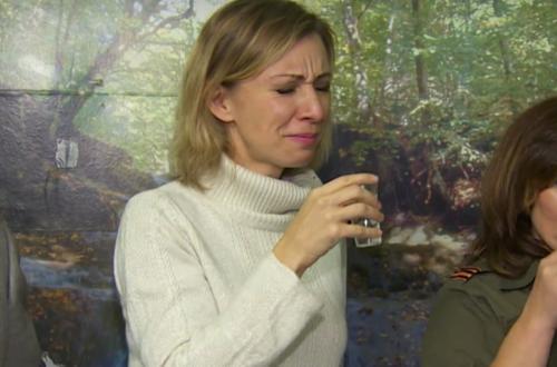 Мария Захарова выпила водки с поляками