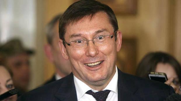 """""""Прятать свои состояния за женщинами остается исключительной прерогативой Лещенко"""": Луценко ответил на очередное обвинение нардепа"""