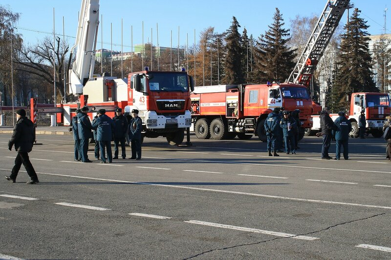 175 лет пожарной службе 016.JPG