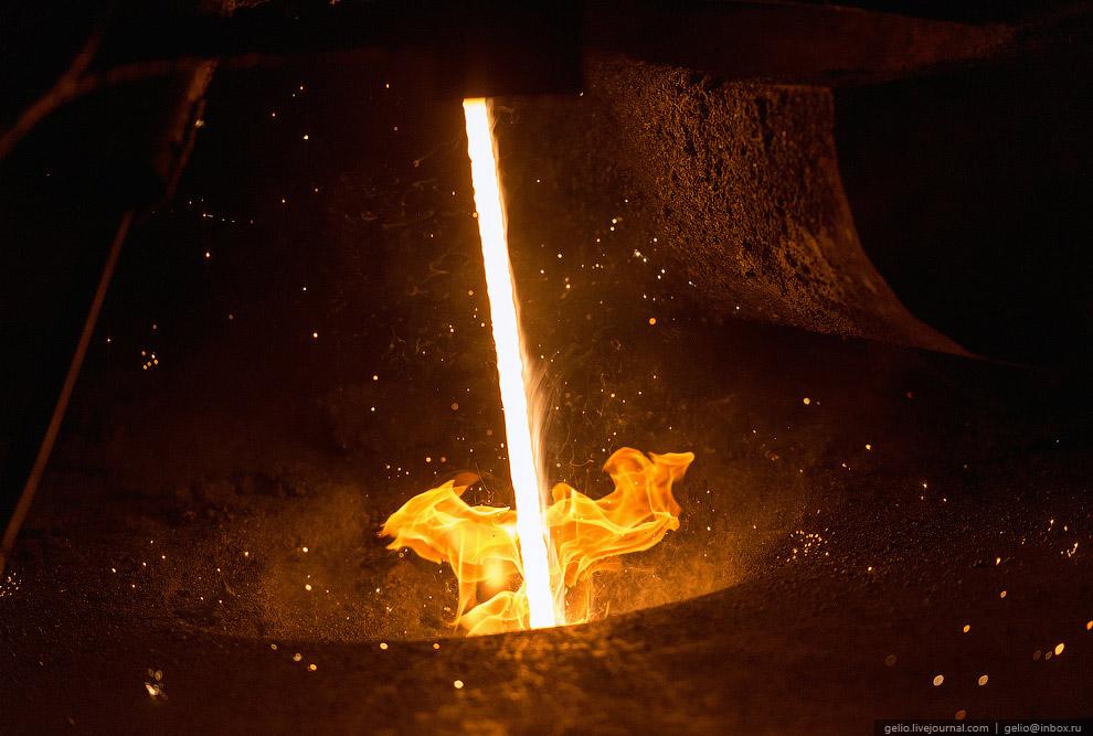 15. Более экономичным способом разливки стали, позволяющим получать стальную заготовку квадратн