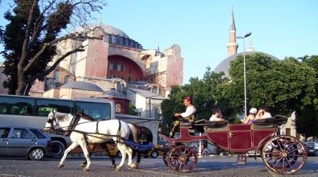 Турция потеряла 15 млрд долларов из-за падения турпотока