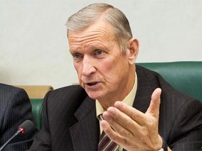 Прошлый сенатор отАстраханской области, его сын ипомощник пойдут под суд