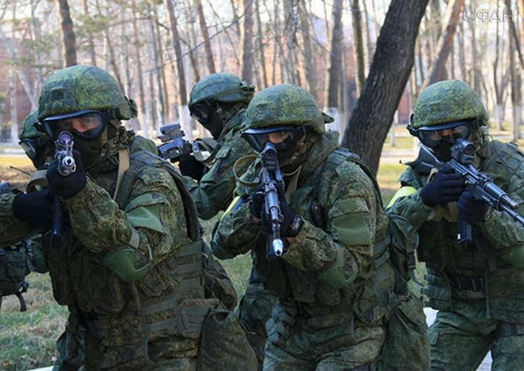 Российская Федерация подняла потревоге армию уграниц с Украинским государством