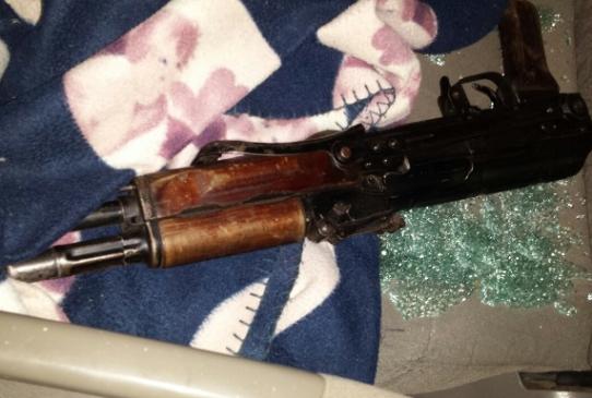 НаЗакарпатье нетрезвый бандит выстрелил изавтомата вполицейского