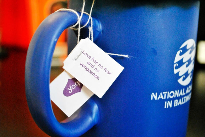 14 Inspirational Tea Bag Messages For Cranky Morning Curmudgeons (13 pics)