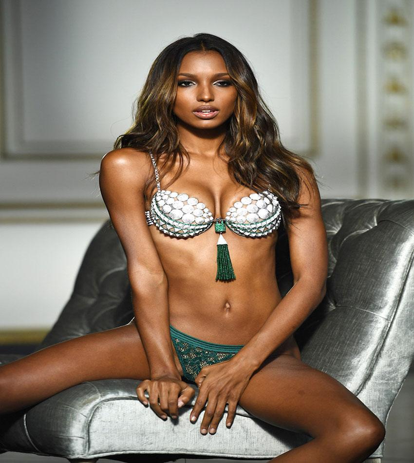 Jasmine Tookes - 2016 Victoria's Secret Fantasy Bra