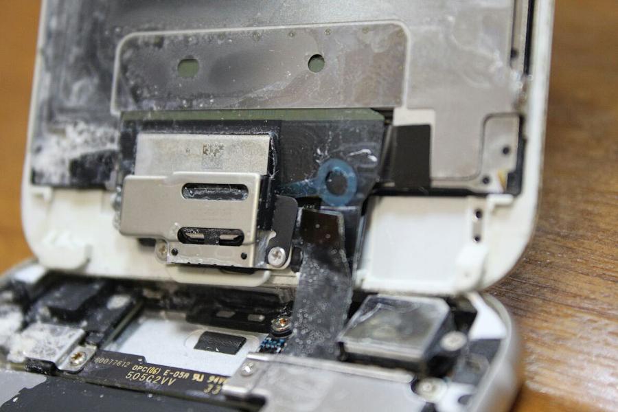 Утопленник iPhone 6S