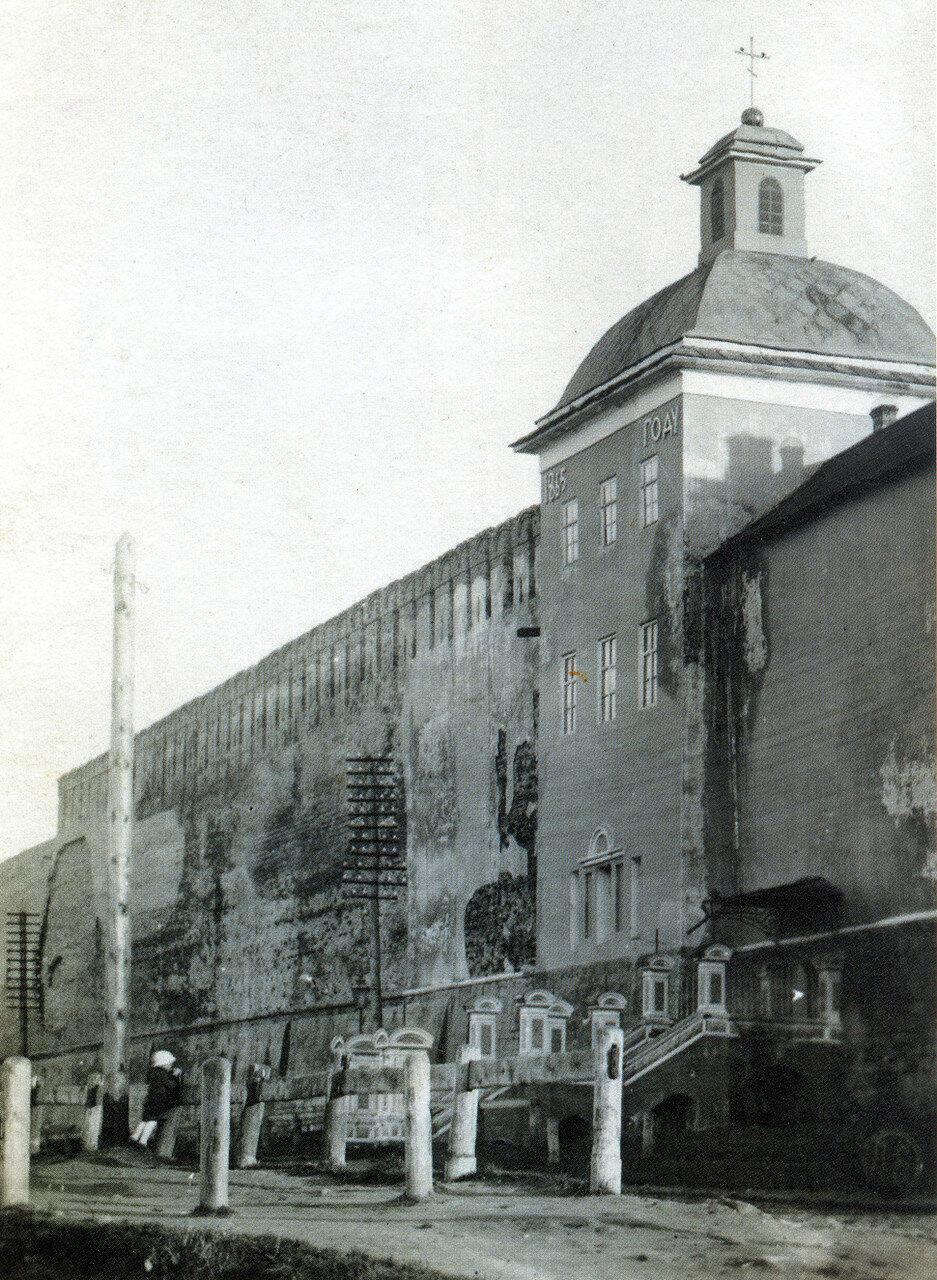 Церковь Тихона Задонского и Армянская набережная