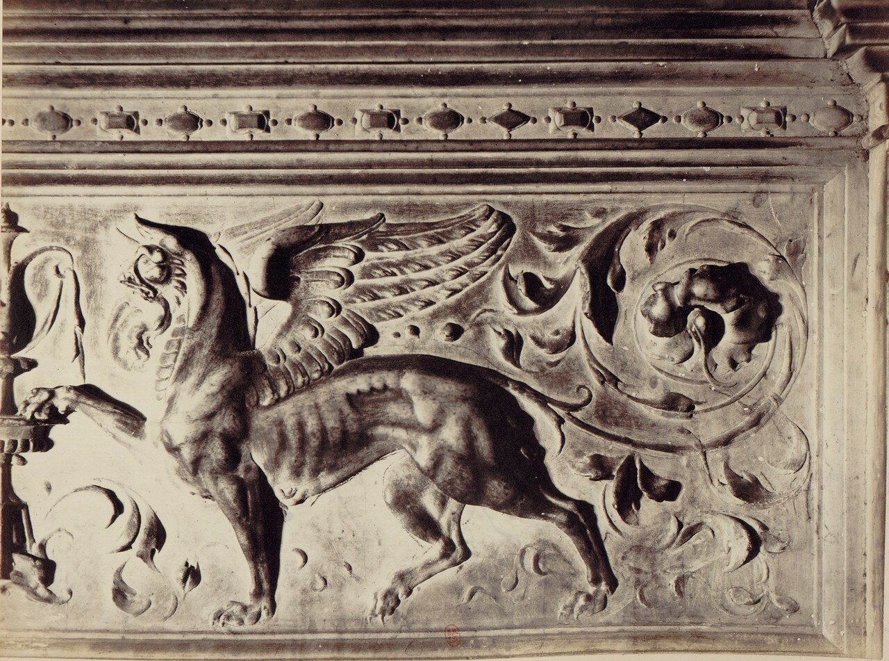 49. Церковь Сан-Доменико Маджоре. Гробница одного из представителей местной знати
