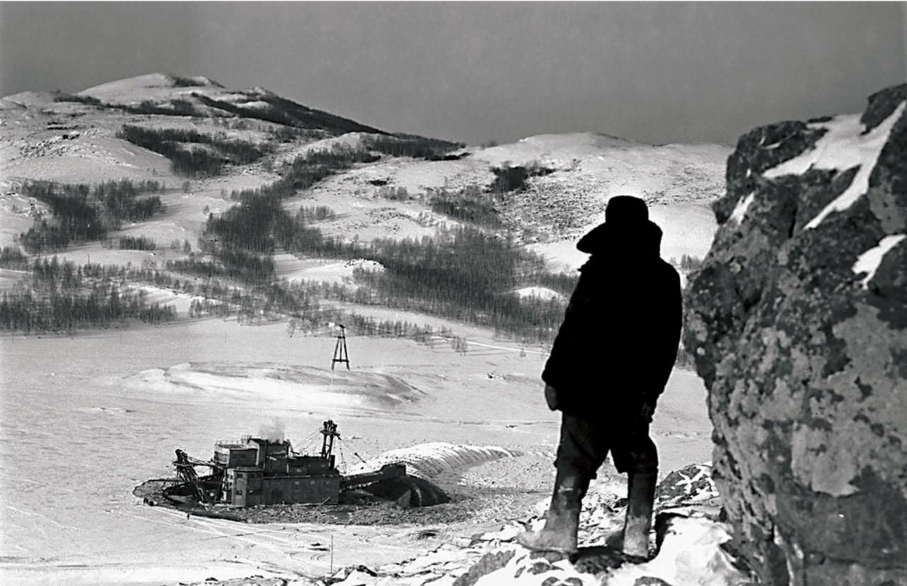 Миасс. Трест «Миассзолото». Драга в долине реки Миасс (1952)