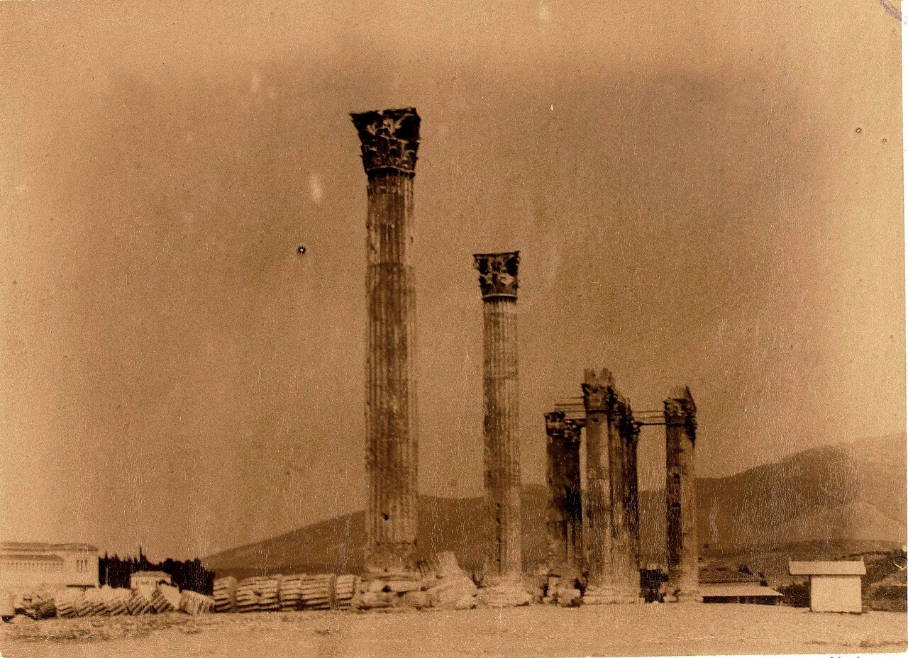 33. Афины. Храм Зевса Олимпийского. Колонны
