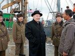 Ким Чен Ын на рыболовной станции № 15 Корейской народной армии 15 декабря 2016 года.jpg