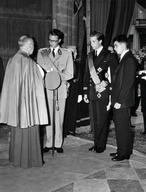 Alexandre, Baudouin et Albert de Belgique en 1958.