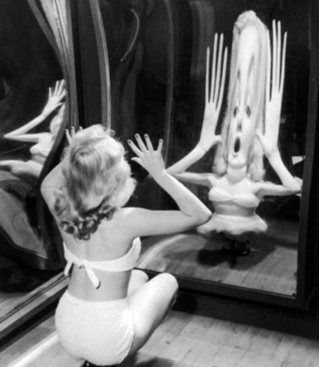 Мэрилин Монро дурачится, 1950 год.