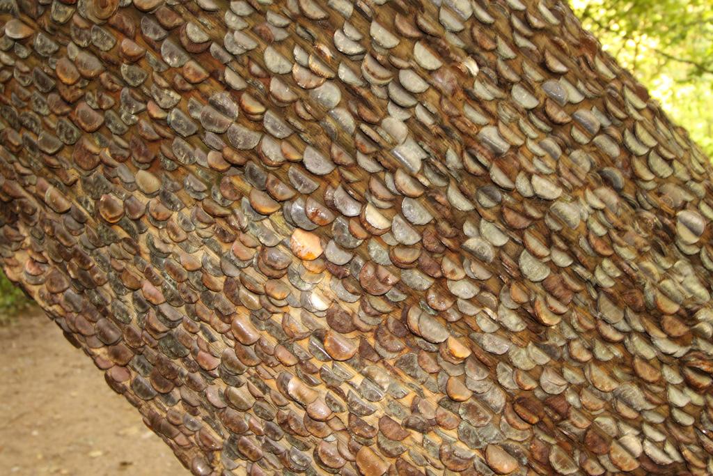 2. В любом случае, в Великобритании несколько таких денежных деревьев.