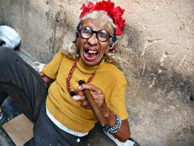 Курение сигар очень приветствуется на Кубе, но если человек не желает вдыхать табак, он может пр