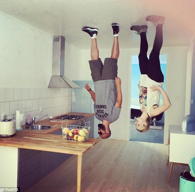 Новая Мекка охотников за необычными селфи: кафе в виде перевёрнутого дома в Германии