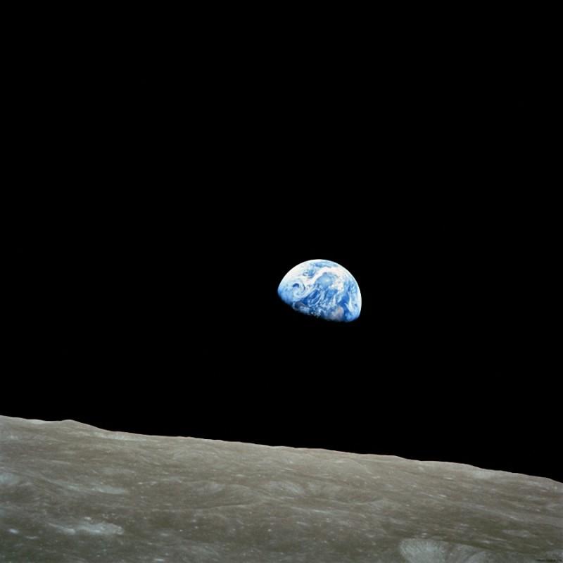40. Фотография, сделанная астронавтом Уильямом Андерсом во время миссии «Аполлон-8». 1968 год.
