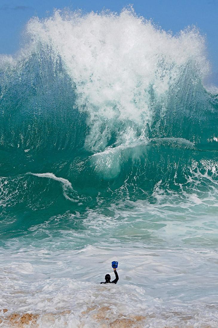 2.  «Я всегда любил океан».