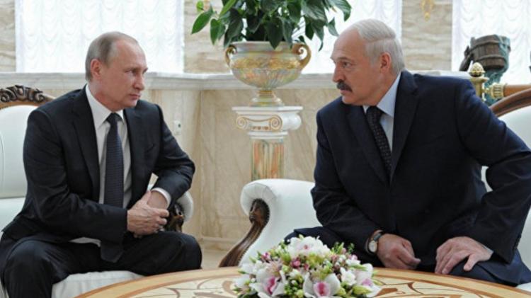 Источник сказал о подготовке переговоров В. Путина иЛукашенко