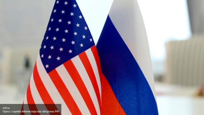 Ушаков: власти США перед уходом хотят загнать отношения сРоссией втупик