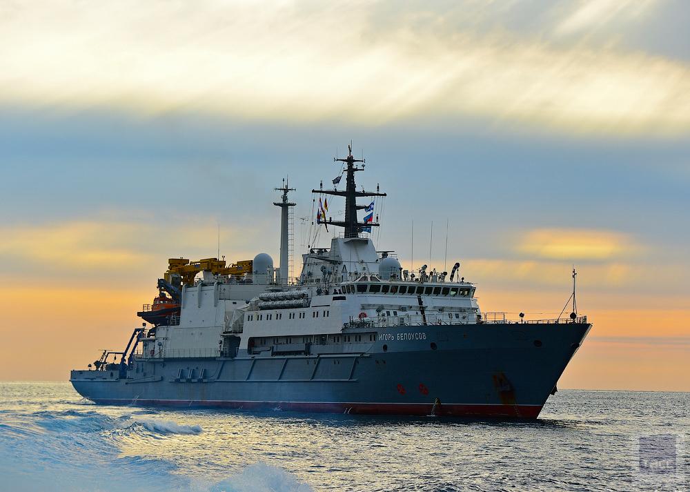 Спасательное судно ТОФ