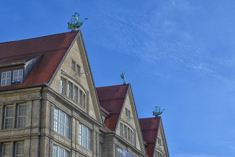 Голову выше - интересные крыши!)