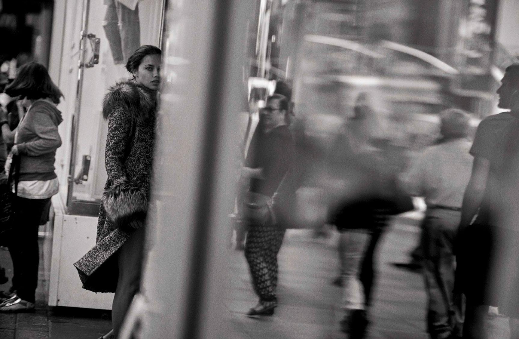 Adriana Lima - Walking by Peter Lindbergh - Vogue Italia october 2016