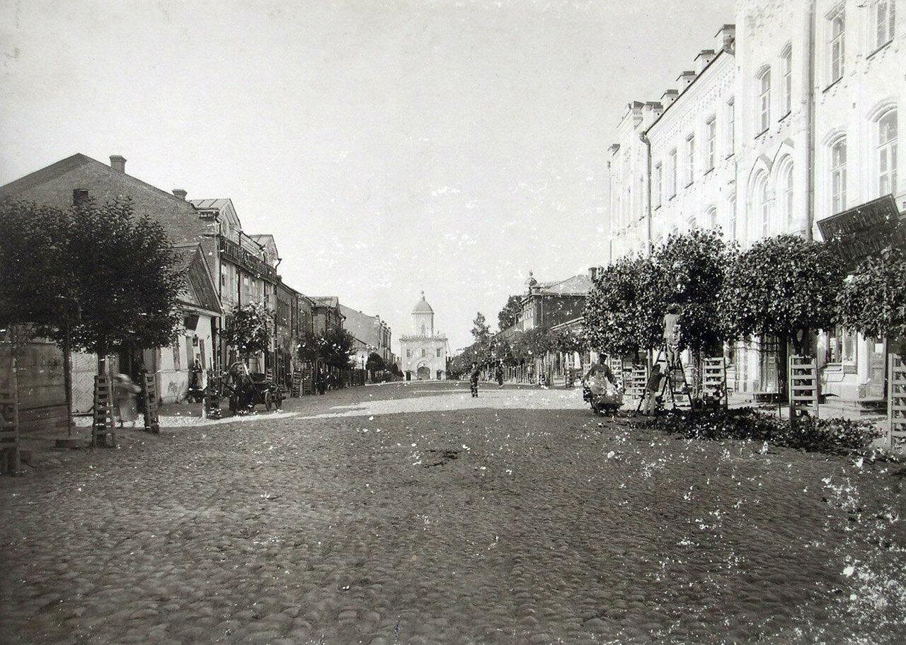 Улица Большая Благовещенская и Молоховские ворота. 1901
