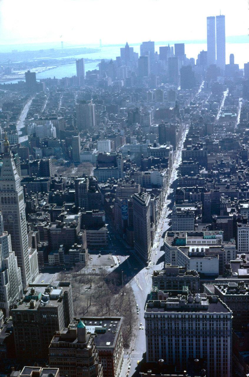 Нью-Йорк. Вид из Эмпайр-стейт-билдинг