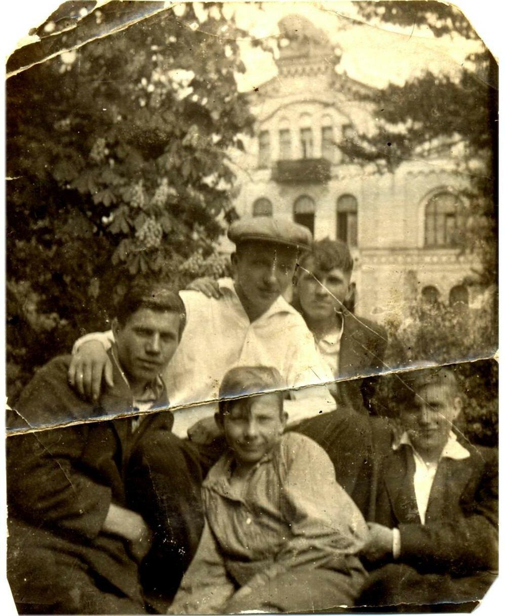 1938. Улица Спиридоньевская