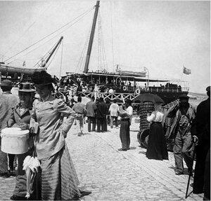 На причале ялтинского порта