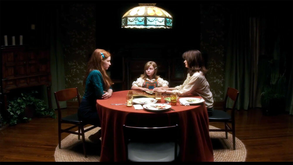 Ouija-Origin-of-Evil-Photo-3.jpg