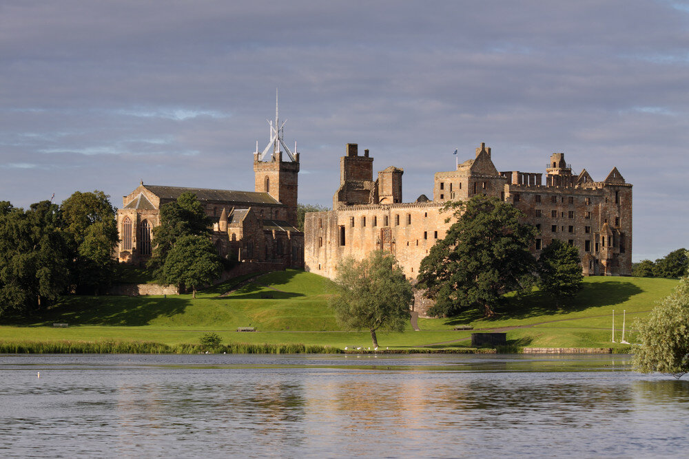 Linlithgow-An-Ancient-Town-in-Scotland.jpg