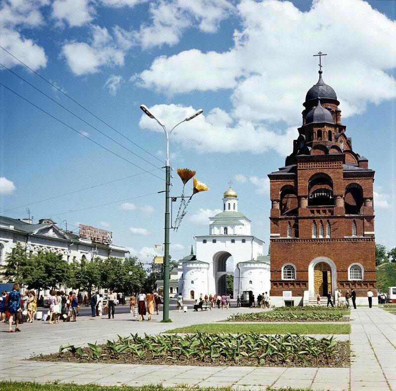 1979 Памятники архитектуры города Владимира. Николай Зайцев.jpg