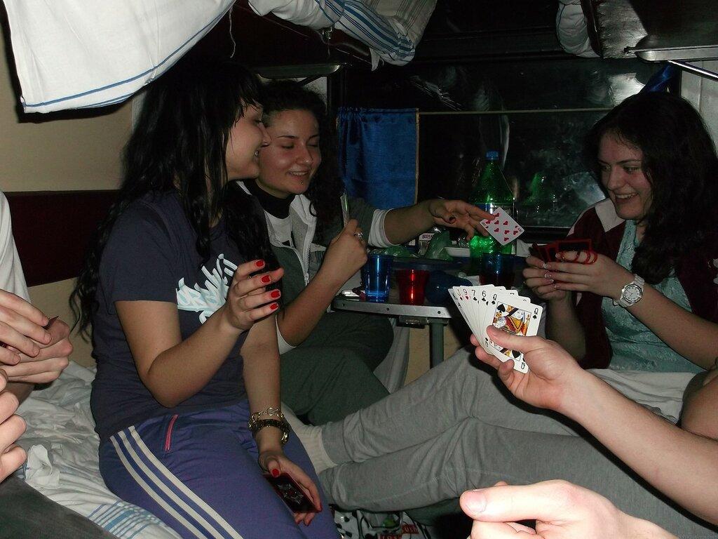 Пятеро парней и одна девка, украинка алина порно
