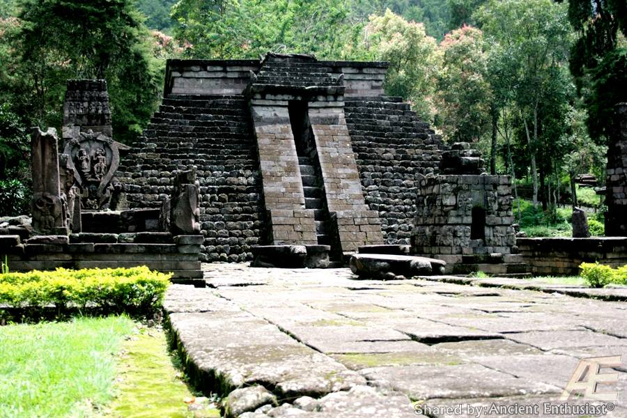 Megaliths, pyramids, temples, ancient complex