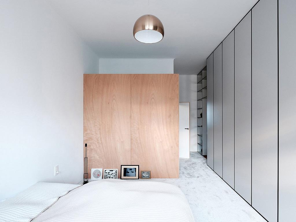 modern-apartment-wiht-hidden-room-15-1360x1020.jpg