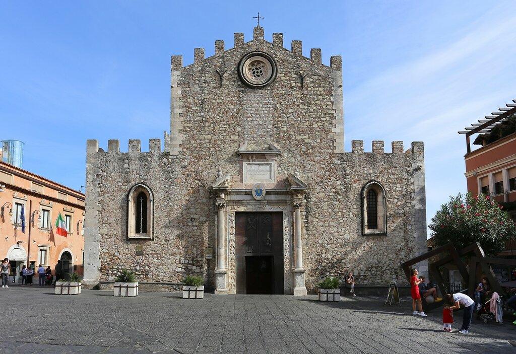 Taormina. The Cathedral (Duomo di Taormina)