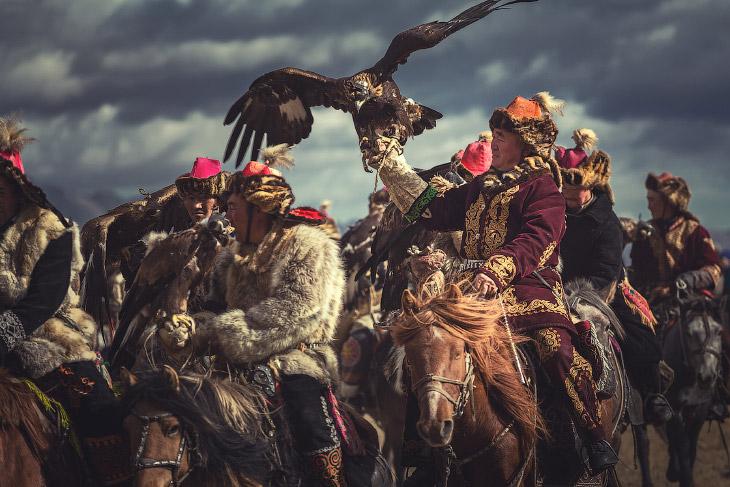 Фестиваль «Золотой орел» в Монголии (17 фото)