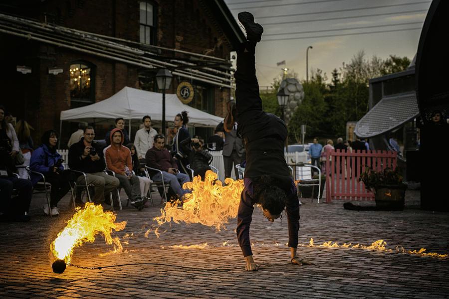 7. Выступление с огнем. Автор фото: cameraface