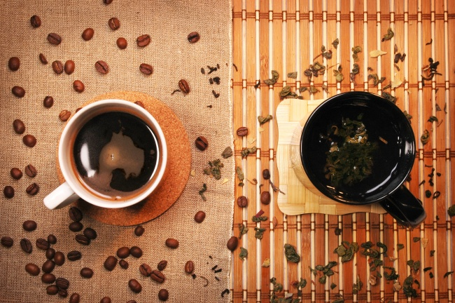 © depositphotos  Давно несекрет, что кофе изеленый чай— это наиболее действенные ускорители