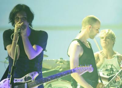 Placebo прервали концерт в столицеРФ изсоображений безопасности