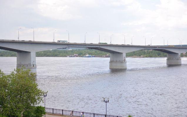 Место для возведения 3-го моста через Каму выберет компания изСанкт-Петербурга
