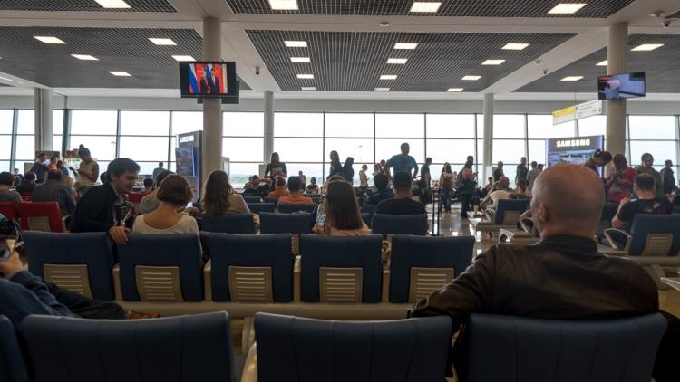 Специалисты определили аэропорты снаибольшим количеством задержек рейсов наНовый год