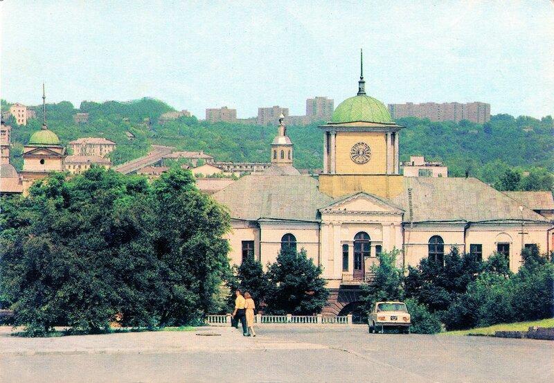 Богоматеринская церковь 1983 г.  Б. Мусихин.jpg