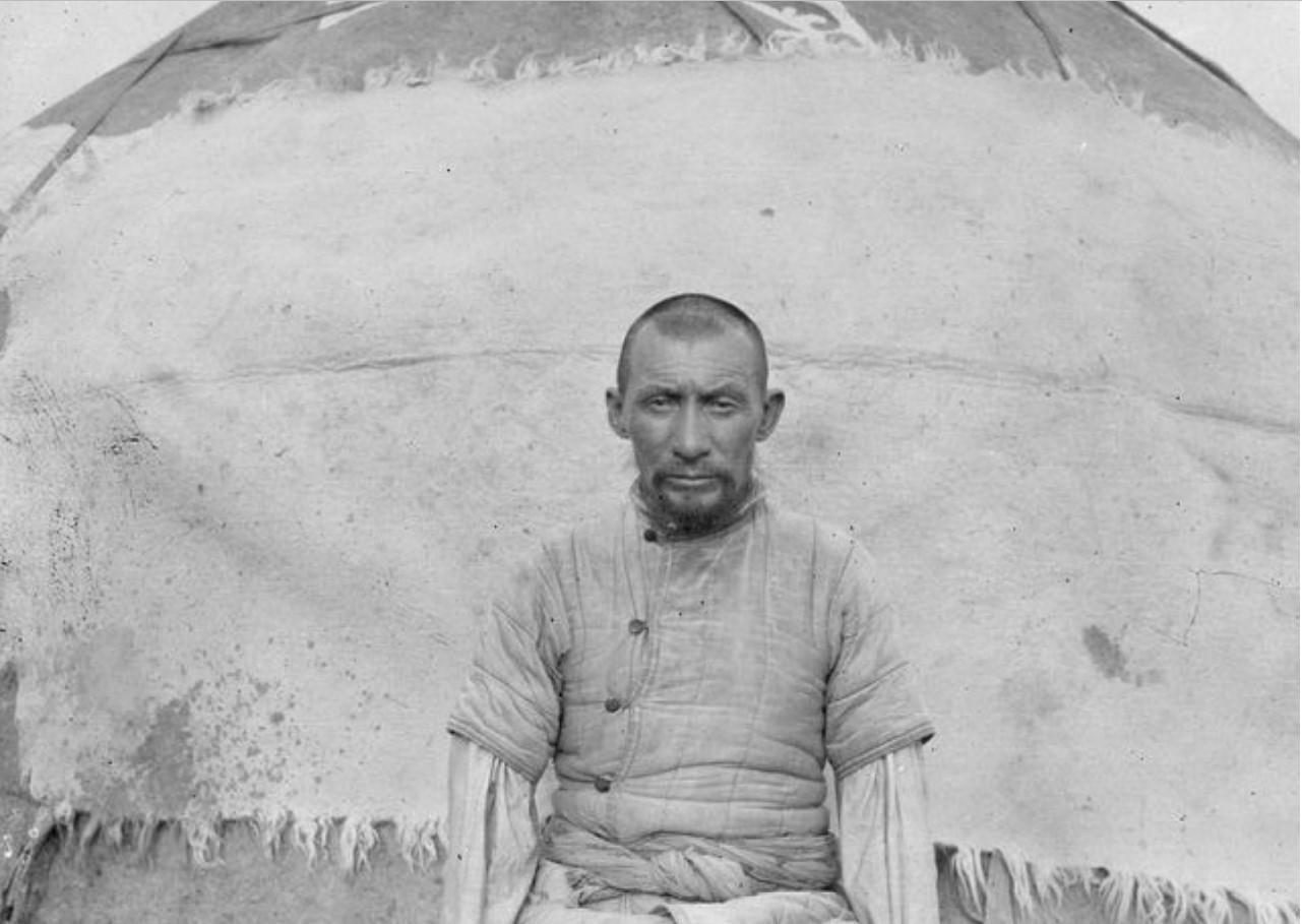 50-летний киргиз Хакабай