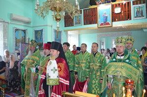 """Slujbă arhierească în parohia """"Sf.Irh.Nicolae"""" din satul Cotiujeni Mici"""