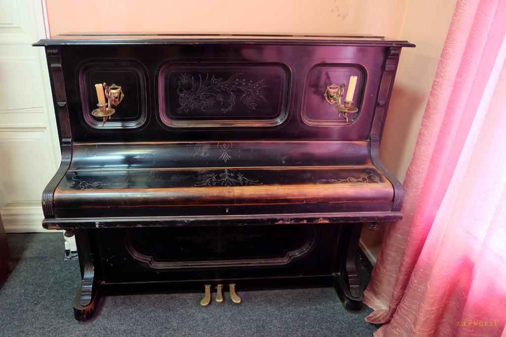 Пианино семьи Бальмонт, краеведческий музей в Шуе