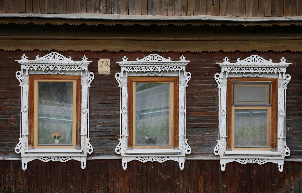 13. Покосился. Деревня Кулаково, Ярославская область, Россия, 24 октября 2016. (Фото Maxim Shemetov